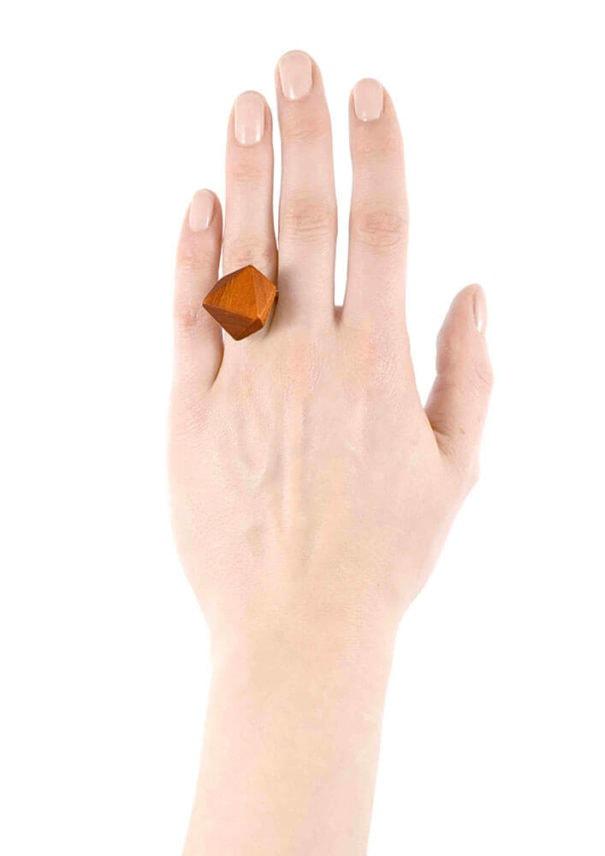 bague-légère-bois-merisier
