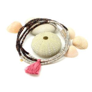 bracelet-collier-coquillages-pompon