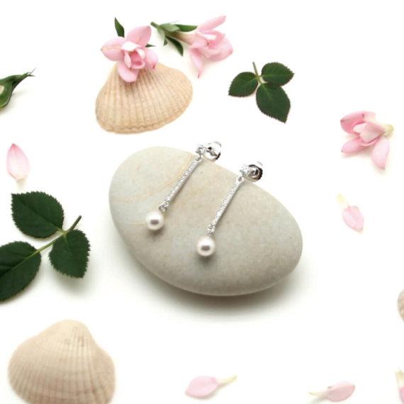 boucles d'oreilles pendantes perle