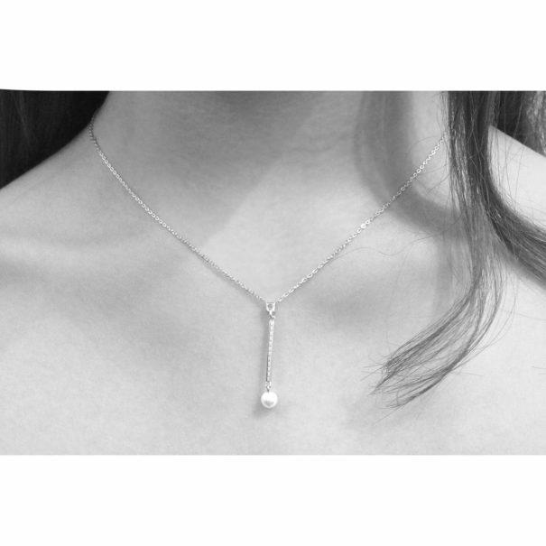 Collier en argent pendentif perle