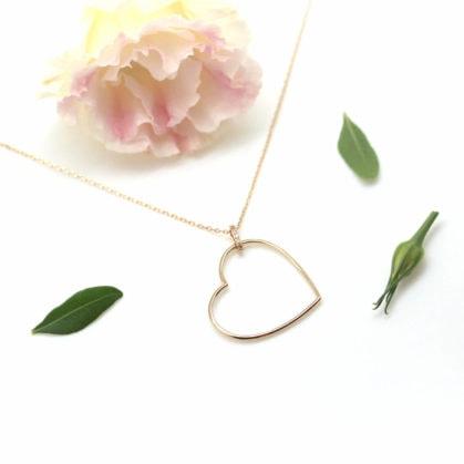 collier pendentif coeur chez Poisson Plume - plaque or