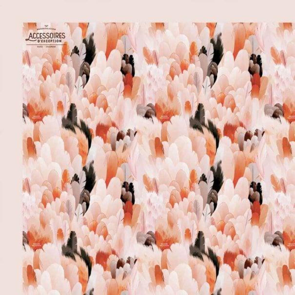 le foulard plumes de Maison Baluchon en détail, chez Poisson Plume