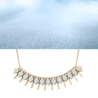 Collier isadora bleu chez Poisson Plume bijoux