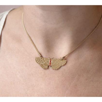 Collier de créateur papillon, doré à l'or fin chez Poisson Plume