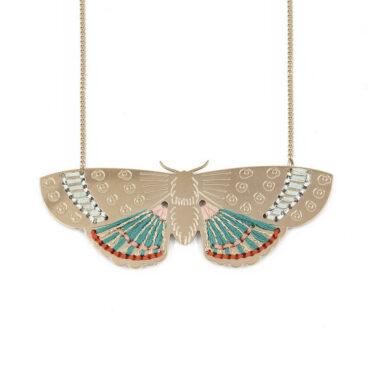 Collier de haute fantaisie papillon chez Poisson Plume