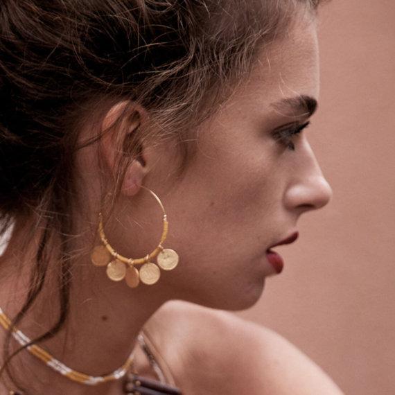 bijoux de haute fantaisie Felli, signées Elise Tsikis. En vente chez Poisson Plume bijoux