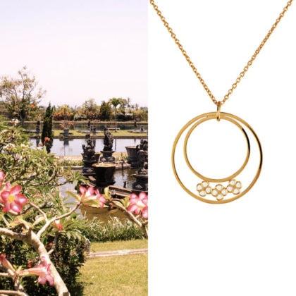 le collier fantaisie Bali en plaqué or est disponible chez Poisson Plume bijoux
