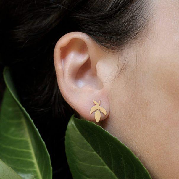 boucles en forme de feuille de frêne, dorées à l'or fin
