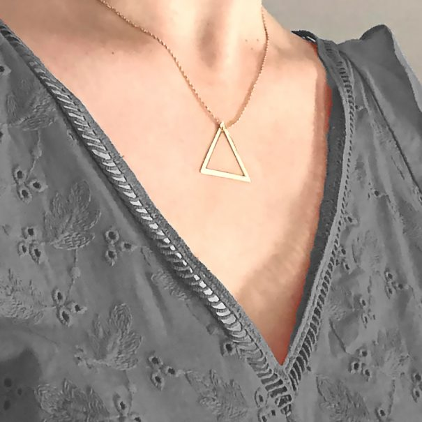 collier plaqué or calheta triangle