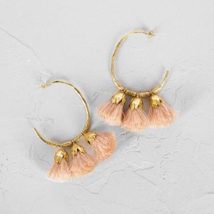 Boucles d'oreilles créoles plaque or et popons roses