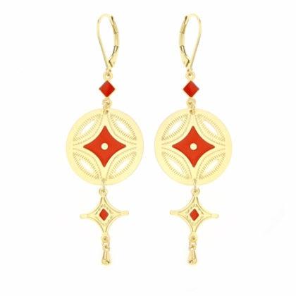 Boucles pendantes de créateur, dorées et corail