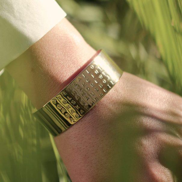 Bracelet jonc Amour, chez Poisson Plume