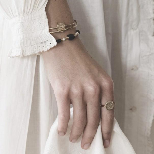 Bracelet Kos black, dotés de perles agates et onyx.