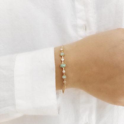 bracelet doté de pierres naturelles Amazonite. Une création alexiane Bijoux en vente chez Poisson Plume.