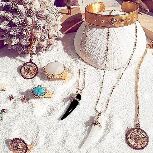 Les bijoux Leticia Ponti en vente dans la bijouterie Poisson Plume
