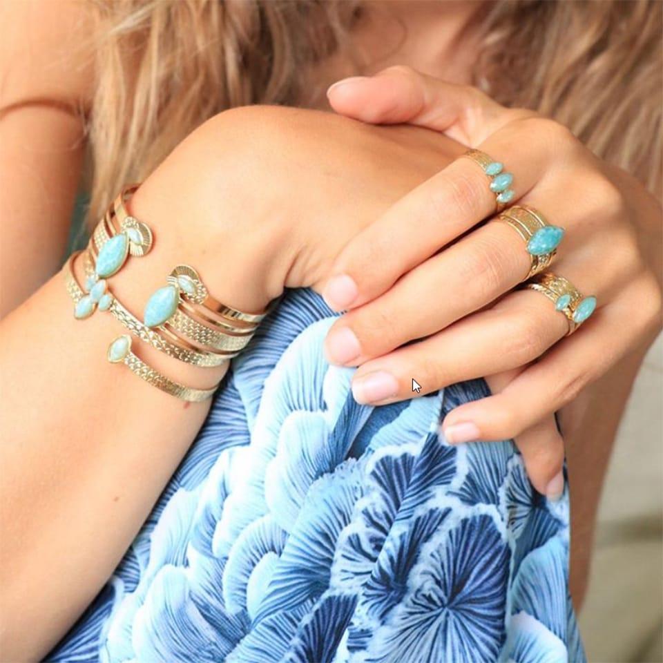 bracelets et bagues Aurélie Joliff de la collection honolulu