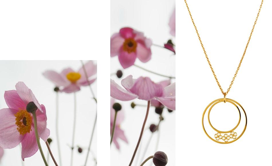 collier de créateur doré fleurs