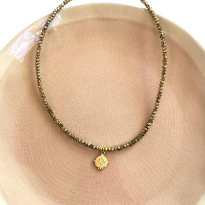 collier quartz médaille etoile doré chez poisson plume
