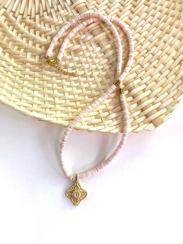 collier talisman corail peche chez poisson plume bijoux