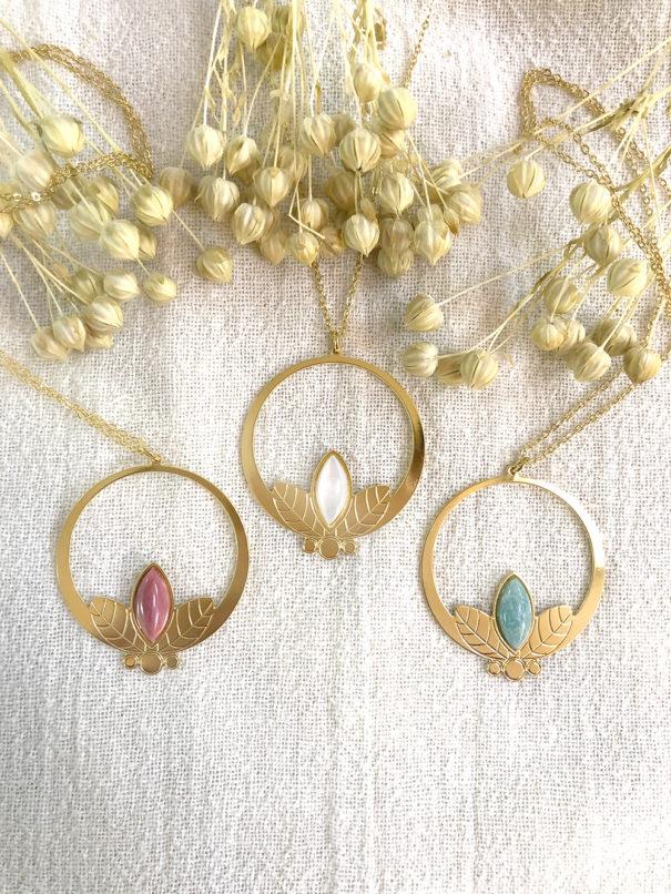 Sautoir flora rhodonite amazonite et nacre poissonplume bijoux