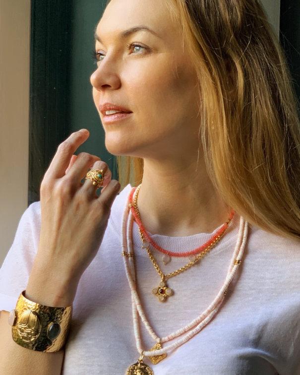 bijoux dear charlotte et collier pampilles jade rose majorelle