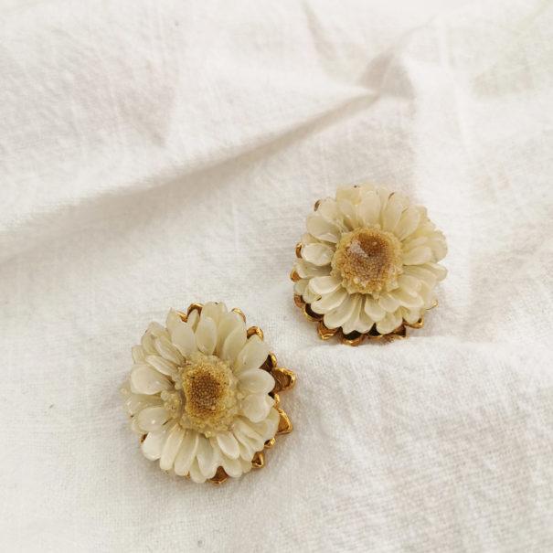 boucles melonne white fleurs elise tsikis