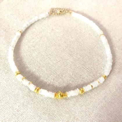 collier choker Sofi pierrede lune leticia ponti chez poisson plume bijoux