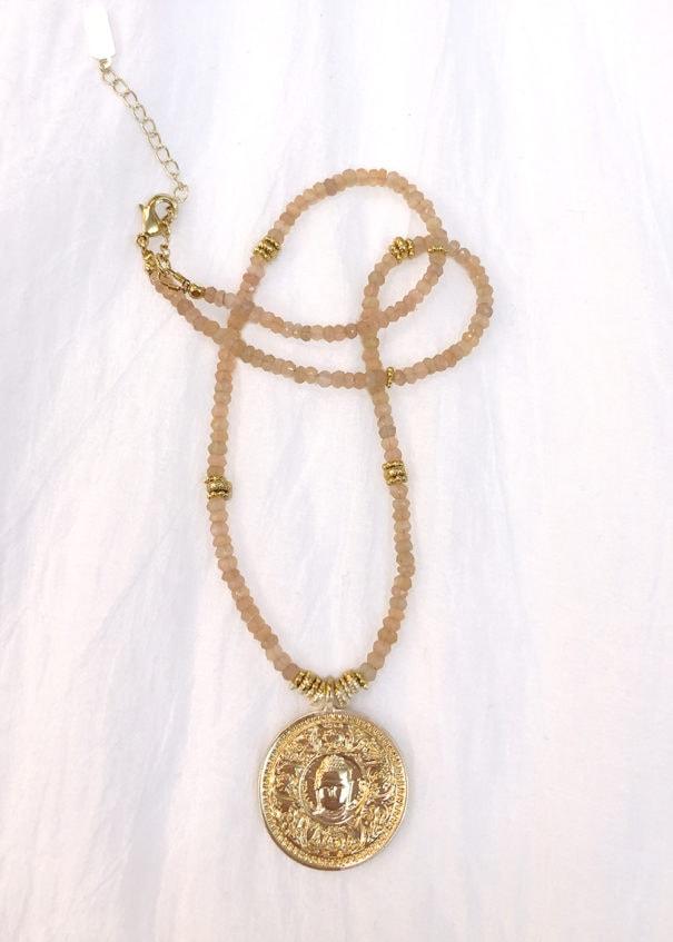 sautoir bouddha pierre de lune rose leticia ponti chez poisson plume bijoux