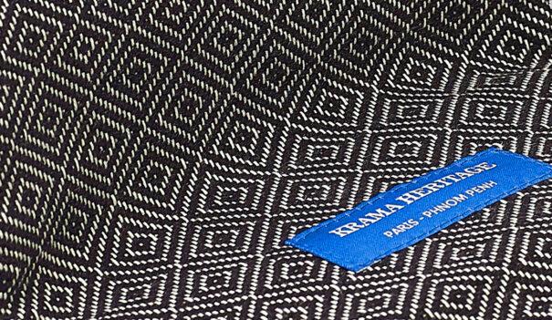 foulard petit krama chaud noir ébène