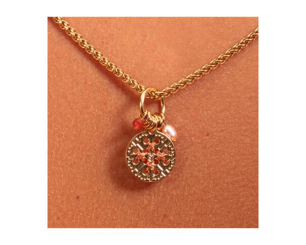 collier amulette chez poisson plume bijoux
