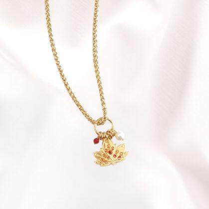 collier amulette cuivrée feuille de lotus poisson plume bjoux