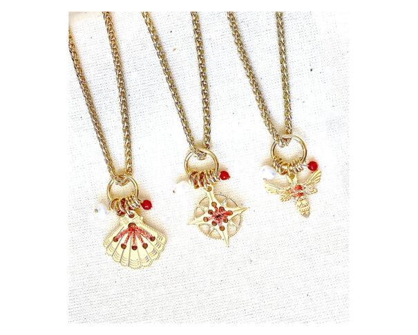 colliers amulettes cuivrées chez poissonplume bijoux